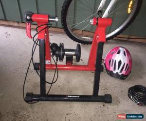 Classic Ladies Road Bike +Helmet +Exercise Stand for Sale