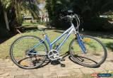 "Classic Female 17 inch frame Giant  ""Cypress"" 21sp Alloy Hybrid Bike for Sale"