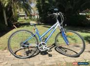 "Female 17 inch frame Giant  ""Cypress"" 21sp Alloy Hybrid Bike for Sale"