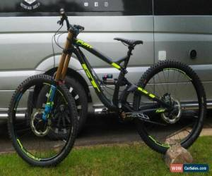 Classic 2018 GT FURY TEAM DOWNHILL MOUNTAIN BIKE (NEARLY NEW)  for Sale