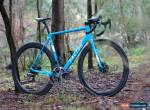 56cm Factor O2 disc bicycle bike for Sale