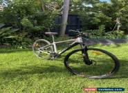 bicycle Giant Roam 2 Disk 2017 Mint Cond for Sale